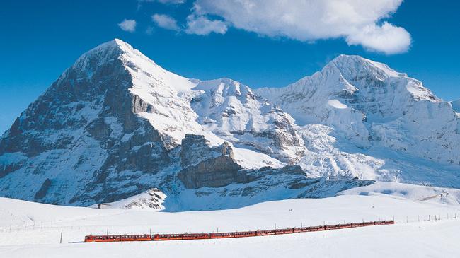 Kereta yang membawa ke Jungfraujoch